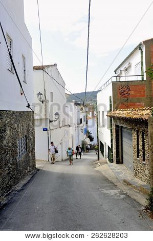 Quadaques, Spain - September 6, 2018: A Small Street Of The Village Of Cadaques In The Region Of Cat