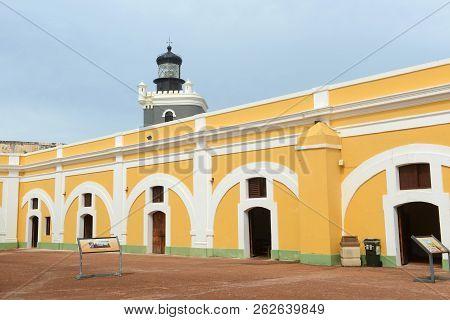 Castillo San Felipe Del Morro El Morro Lighthouse, San Juan, Puerto Rico. Castillo San Felipe Del Mo