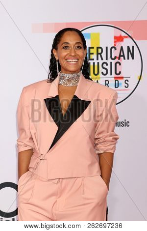 LOS ANGELES - OCT 9:  Tracee Ellis Ross at the 2018 American Music Awards at the Microsoft Theater on October 9, 2018 in Los Angeles, CA