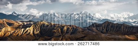 Panoramic View Of The Snowy Mountains In Upper Mustang, Annapurna Nature Reserve, Trekking Route, Ne