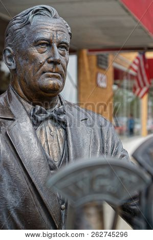 Rapid City, South Dakota, September 11, 2018 : The City Of Presidents Is A Series Of Life-size Bronz