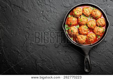 Beef Meatballs In Tomato Sauce, Top View