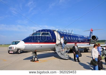 Newport News, Va, Usa - May. 3, 2012: Us Airways Express Bombardier Crj (canadair Regional Jet) 200