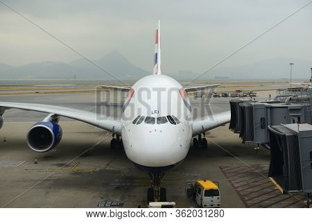 Hong Kong - Nov. 9, 2015: British Airways Airbus 380-800 At The Gate In Hong Kong International Airp