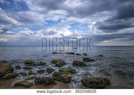 Magnificent Seascape During The Day. Beautiful Natural Seascape.