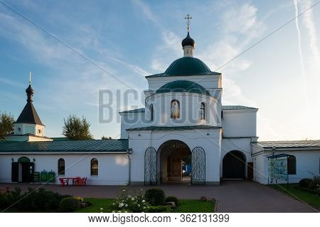 Murom, Russia - August 24, 2019:  Church Of Cyril Belozersky In Murom Spaso-preobrazhensky Monastery