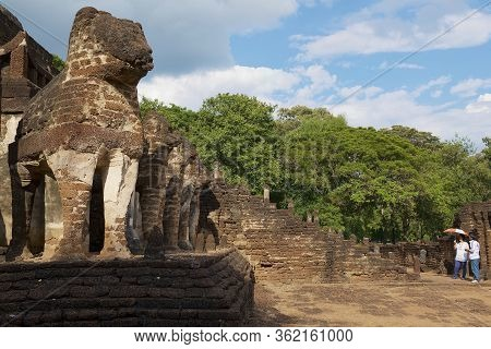 Sukhothai, Thailand - November 18, 2013: People Visit Ruins Of The Si Satchanalai Temple In Sukhotha
