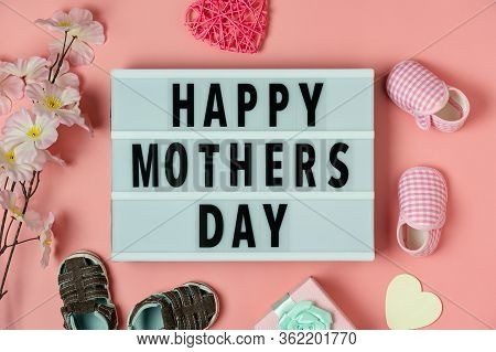 Top View Aerial Image Of Decoration Happy Mothers Day Text Holiday Background Concept.flat Lay Gift