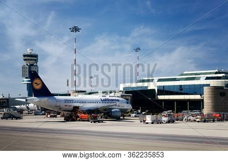 Milan, Italy - May 17, 2017: Lufthansa Airbus A319 Airplane In Malpensa Airport (milan, Italy) On Ma