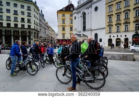 Vienna, Austria - May 20, 2017: Guided Tour In The Center Of Vienna (austria) With With Tourists Vis