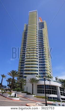 Continuum South Tower Miami Beach