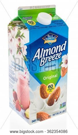 Winneconne,  Wi - 21 April 2020:  A Package Of Almond Breeze Almond Almondmilk On An Isolated Backgr