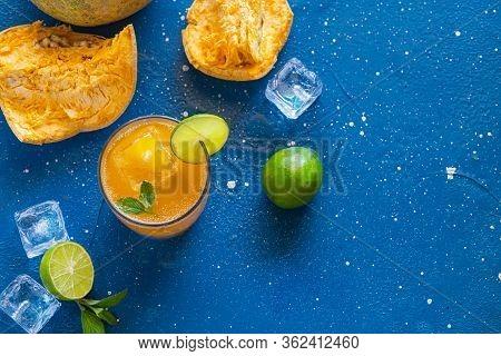 Exotic Fruit Juice From Bel Fruit Or Wooden Apple - Bel Ka Sharbat. Cold Fruit Drink With Ice, Lime,