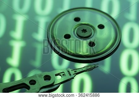 Hard Disc Drive View From The Inside With Reflections. Hdd Internal Parts. Pc Hardware. Open Hdd.