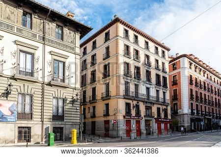 Madrid, Spain - November 1, 2019: View Of Empty Street In Central Madrid. Mayor Street Is Located In