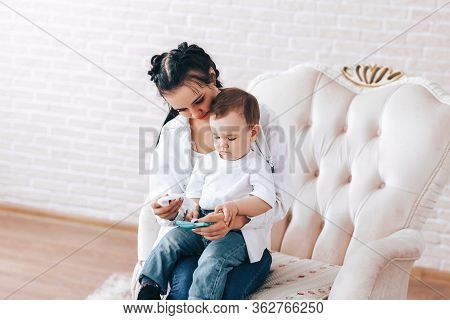 Mother And Child Wipe Their Hands With Disinfectant Wipes, How To Wipe Their Hands, How To Sit In Qu