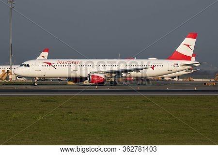Vienna / Austria - April 18, 2019: Austrian Airlines Airbus A321 Oe-lba Passenger Plane Departure An