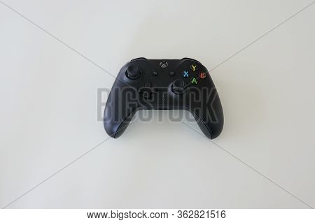 Orlando,fl/usa-4/10/20:  An Xbox Controller Used In Playing Video Games On A Xbox Video Gaming Syste