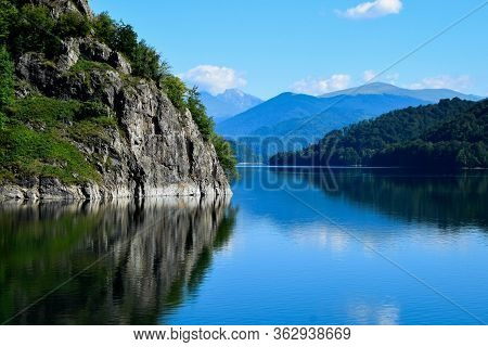 Amazing View To The Landscape Of Fagaras Mountains And Vidraru Lake (hydropower Construction, Waterw