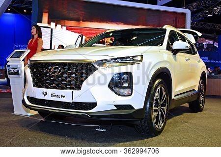 Pasay, Ph - April 7 - Hyundai Santa Fe At Manila International Auto Show On April 7, 2018 In Pasay,