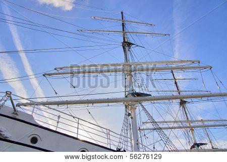 Large Ship mast