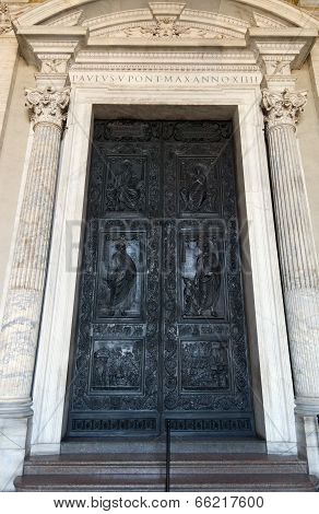 Rome. Vatican. Cathedral Of St. Peter, Paul's Door
