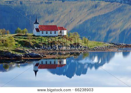 Vestpollen Chapel In Austnesfjord