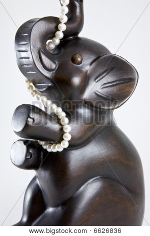 Statue of elephant with pearls