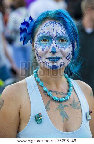 Pretty Woman In Dia De Los Muertos Makeup