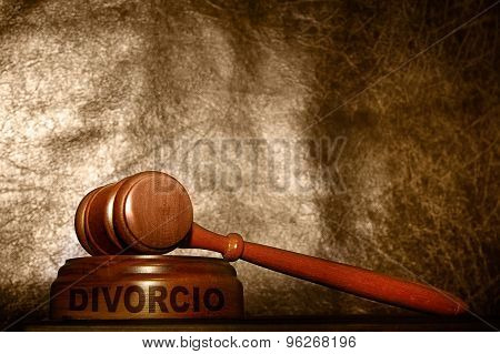Gavel With Divorcio Text