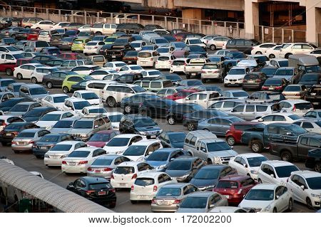 BANGKOK , THAILAND - JANUARY 22,2016 : Car parked at a park and side lot at a Morchit BTS station in Chatuchak District in Bangkok capital city,Middle of Thailand.