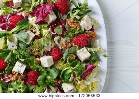 Green Salad With Blue Cheese , Raspberry And Nuts