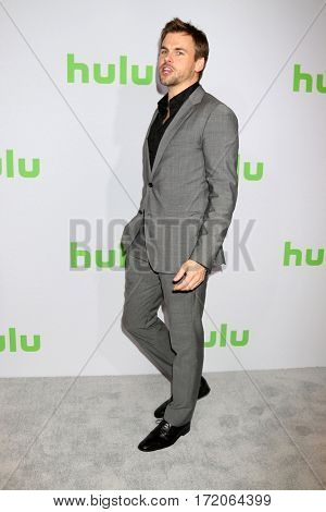 PASADENA - JAN 7:  Tommy Dewey at the HULU TCA Winter 2017 Photo Call at the Langham Hotel on January 7, 2017 in Pasaden, CA