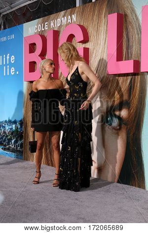 LOS ANGELES - FEB 7:  Zoe Kravitz, Nicole Kidman at the