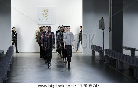 New York Fashion Week Fw 2017 - Anniesa Hasibuan Collection