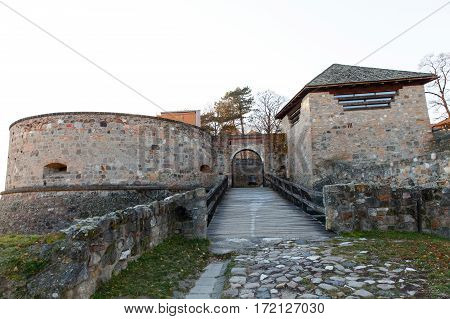 Picture of one of the entrances in the Esztergom Basilica