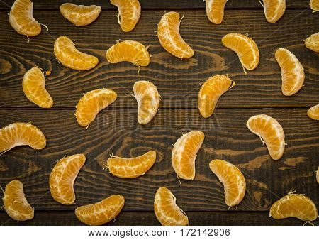 Slices of tangerine as a pattern.