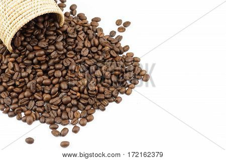roasted coffee beans and coffee beans isolate on white background