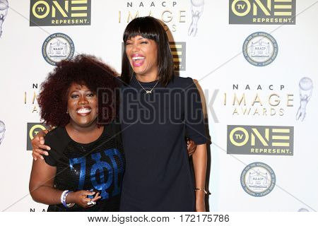 LOS ANGELES - FEB 10:  Sheryl Underwood, AIsha Tyler at the Non-Televisied 48th NAACP Image Awards at Pasadena Conference Center on February 10, 2017 in Pasadena, CA