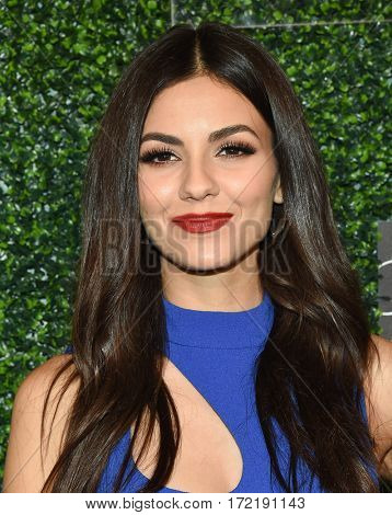 LOS ANGELES - FEB 16:  Victoria Justice arrives for the An Unforgettable Evening on February 16, 2017 in Beverly Hills, CA