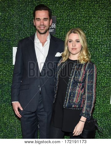 LOS ANGELES - FEB 16:  David Walton and Majandra Delfino arrives for the An Unforgettable Evening on February 16, 2017 in Beverly Hills, CA