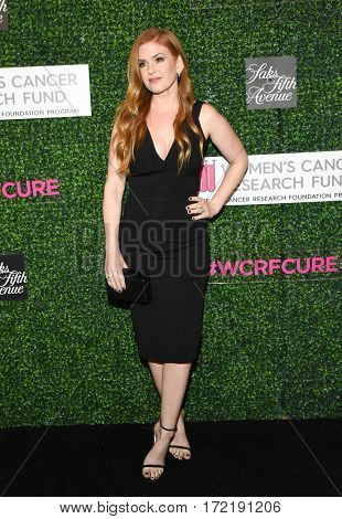 LOS ANGELES - FEB 16:  Isla Fisher arrives for the An Unforgettable Evening on February 16, 2017 in Beverly Hills, CA