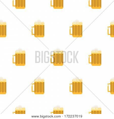 Beer glass seamless vector pattern. Pint of ale drink with foam on top.