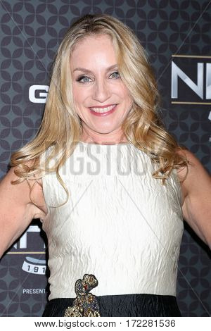 LOS ANGELES - JAN 27:  Tracy Pollan at The NHL100 Gala at Microsoft Theater on January 27, 2017 in Los Angeles, CA