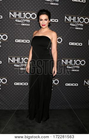 LOS ANGELES - JAN 27:  Alyssa Milano at The NHL100 Gala at Microsoft Theater on January 27, 2017 in Los Angeles, CA