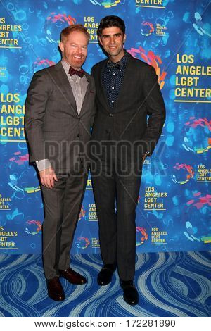 LOS ANGELES - SEP 24:  Jesse Tyler Ferguson, Justin Mikita at the Los Angeles LGBT Center 47th Anniversary Gala Vanguard Awards at the Pacific Design Center on September 24, 2016 in West Hollywood, CA