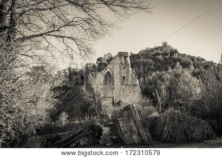 The remaining arch of the Ponte d'Augusto, Narni
