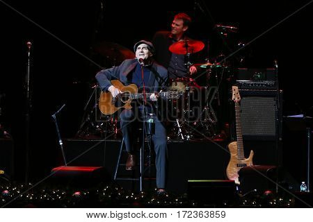 BROOKLYN, NY-DEC 9: James Taylor performs at WCBS-FM 101.1's Holiday in Brooklyn at Barclays Center on December 9, 2016 in Brooklyn, New York.