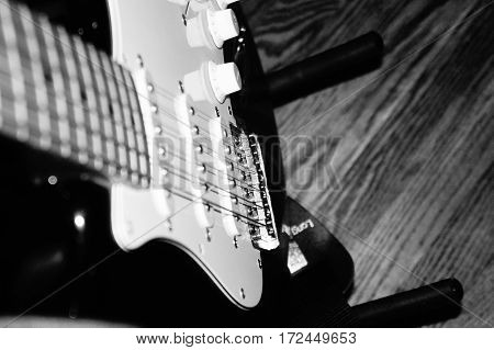 Picture of a guitar taken in black and white