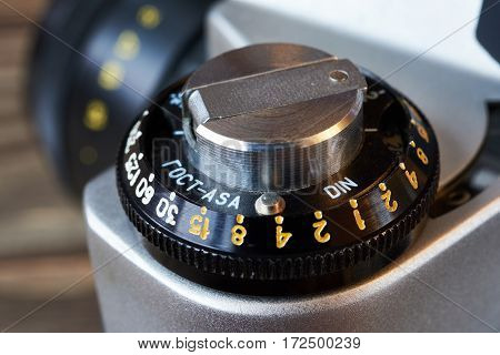 Wheel To Set Control Sensitivity To Retro Slr Camera